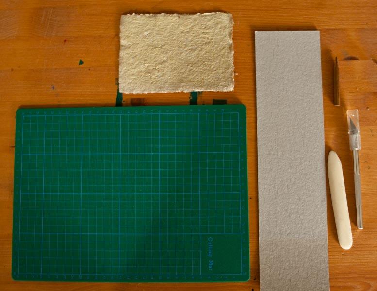 Material und Werkzeug zum Prägen